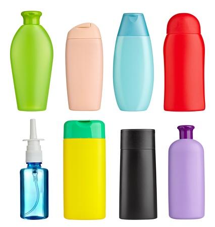 champu: colección de varios contenedores de belleza de higiene en el fondo blanco. cada uno de ellos recibe un disparo por separado Foto de archivo