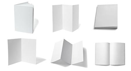 raccolta di vari bianco carta bianca su sfondo bianco. ognuno è girato separatamente