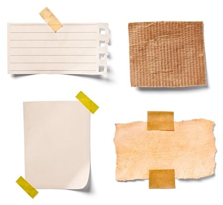 verzameling van verschillende vintage notitieblaadjes op een witte achtergrond. elk afzonderlijk wordt neergeschoten