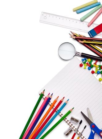 utiles escolares: Close up de diversos art�culos de la escuela Foto de archivo