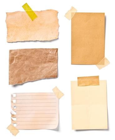 pamiętaj: zbiór różnych starych dokumentów Uwaga na białym tle. każdy z nich został postrzelony oddzielnie