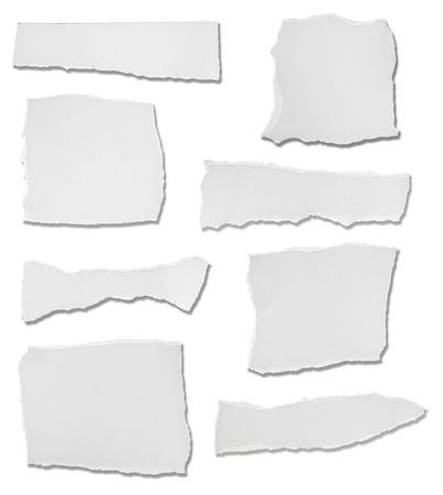 흰색의 컬렉션은 흰색 배경에 종이 조각 찢 어. 각자를 개별적으로 찍은 사진입니다