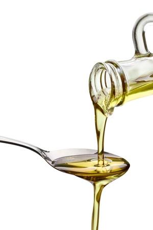 olive leaf: Close up de aceite de oliva en el fondo blanco Foto de archivo