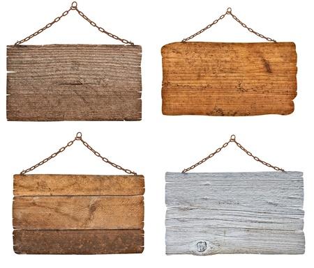 Sammlung von verschiedenen Holzschilder mit Kette auf weißem Hintergrund jedes wird separat erschossen Standard-Bild