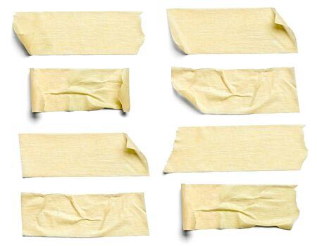 Sammlung von verschiedenen Klebeband Stücke auf weißem Hintergrund. jeder wird separat erschossen