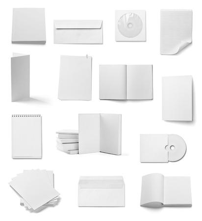 marca libros: colecci?n de varios papel blanco en blanco y libro sobre fondo blanco cada uno es disparado por separado Foto de archivo