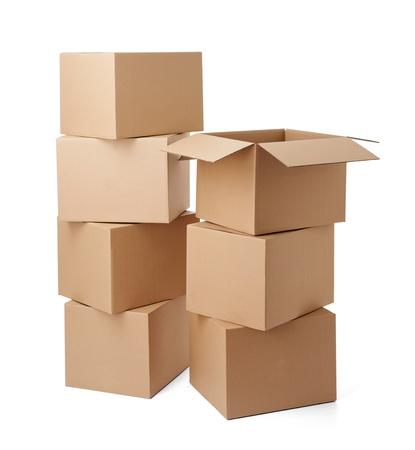 close-up van een kartonnen doos op witte achtergrond