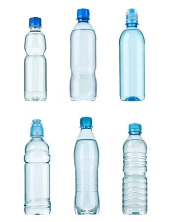 botella de plastico: colecci�n de varias botellas de pl�stico en el fondo blanco. cada uno recibe un disparo por separado