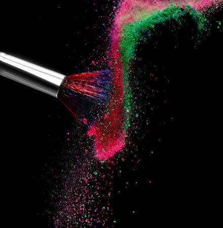 close-up van make-up poeder en penseel Stockfoto