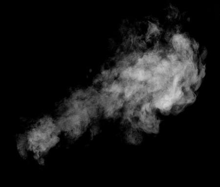 close up van stoom rook op zwarte achtergrond