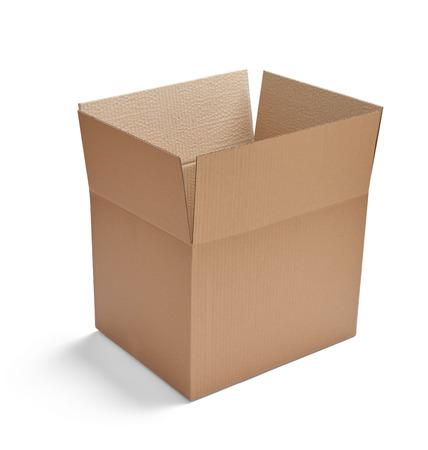 carton: cerca de una caja de cart?n en el fondo blanco Foto de archivo