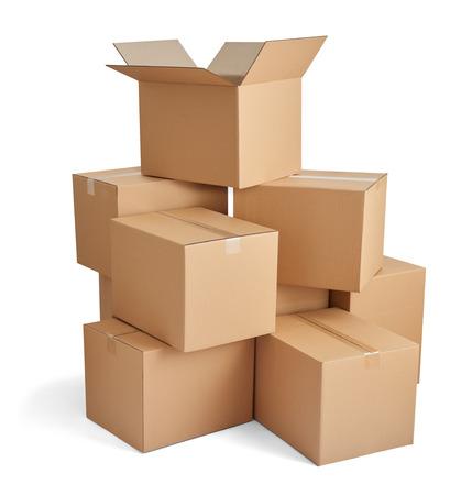 carton: Primer plano de una pila de cajas de cartón en el fondo blanco