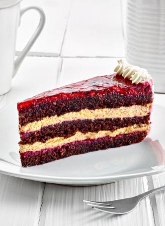 rebanada de pastel: close up of a chocolate cake