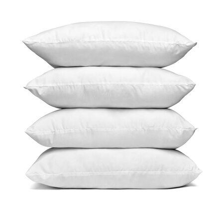 Gros plan d'un oreiller blanc sur fond blanc
