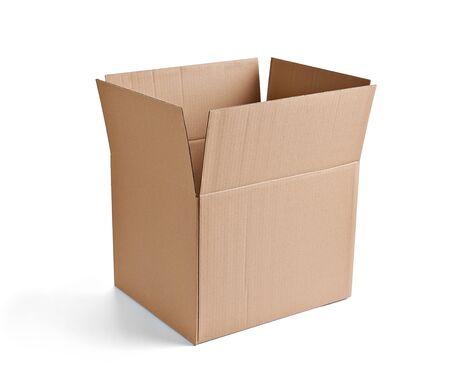 Gros plan d'une boîte en carton sur fond blanc