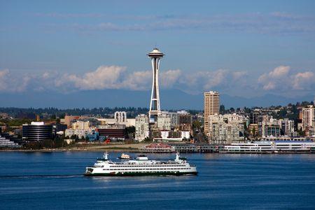 seattle: Waterfront Seattle Skyline y Space Needle