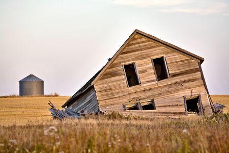Abandoned Farmhouse at sunset Saskatchewan Canada Stock Photo - 8344542