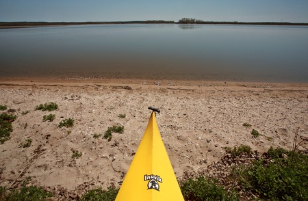 lake winnipeg: Kayak on beach at Lake Winnipeg