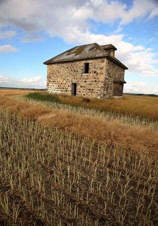abandoned: Abandoned stone house in scenic Saskatchewan Stock Photo