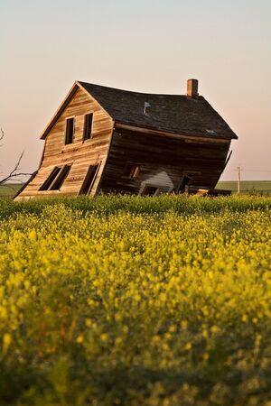 Weathered old farm house in scenic Saskatchewa Stock Photo - 8458957