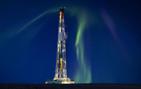 드릴링 조작 장치 칼륨 광산 야간 사진 오로라 오로라