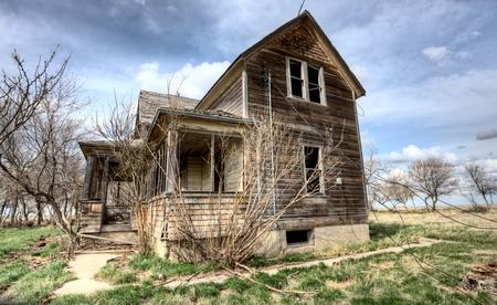 abandoned house: Exterior Abandoned House Prairie Saskatchewan Canada