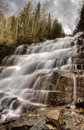 モンタナ州アメリカ合衆国の滝氷河国立公園 写真素材