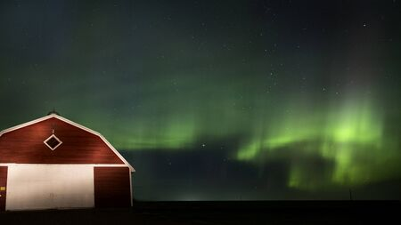 Northern Lights Aurora Borealis Saskatchewan Red Barn Stock fotó