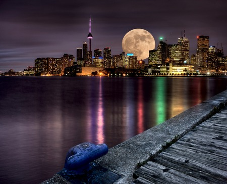 Full Moon Toronto Skyline City Lake Ontario Pier Editorial