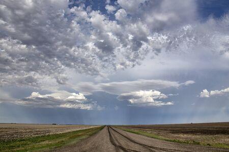 Prairie Storm Clouds in Saskatchewan Canada Rural Banco de Imagens - 124977563