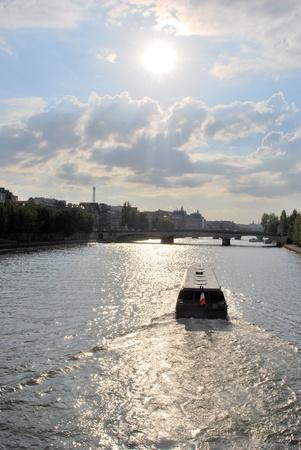 vacance: River Seine Paris in the sunlight Stock Photo
