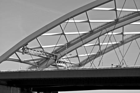 vacance: Bridge in detail