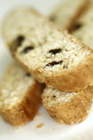 Dulces pasteles de una pastelería. Biscotti italiano para acompañar el café.