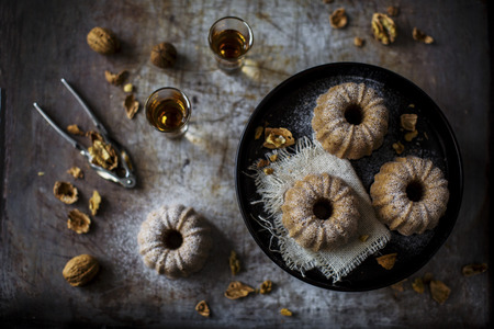 subtly: Subtly delicious plain cake with chestnut flour, especially nice with walnuts. Set up on a vintage pan. LANG_EVOIMAGES