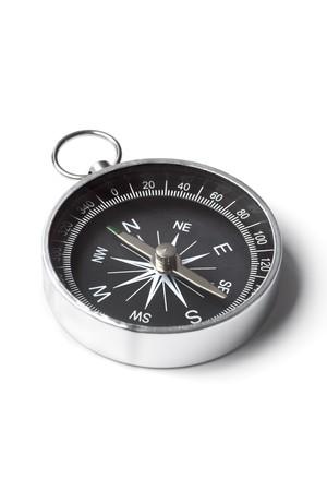 brujula: Br�jula de peque�o bolsillo aislado sobre fondo blanco