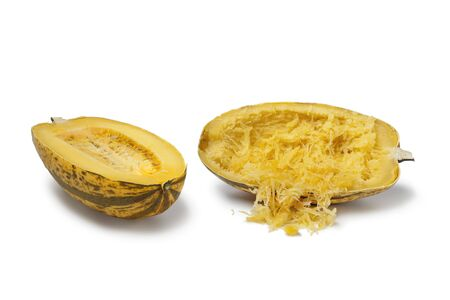 Cooked spaghetti squash on white background Banque d'images