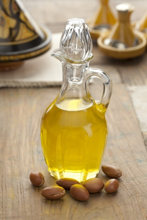 argan: Moroccan cooking Argan oil and nuts
