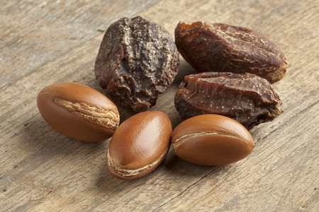 argan: Whole Argan nuts and nutshells