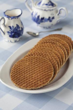 treacle: Fresh baked Dutch syrup waffles