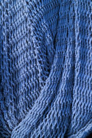 redes de pesca: redes de pesca azules que cuelgan para secarse