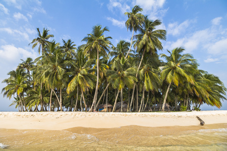 yala: small Island in the deep blue caribbean sea in the area of San Blas Islands, Panama