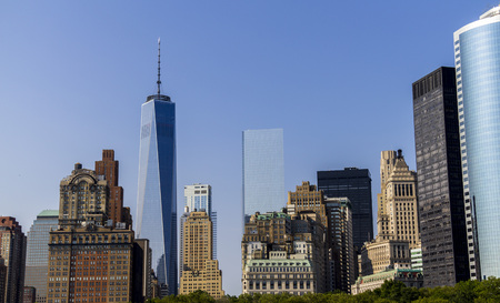 hudson: New York Skyline view from Hudson, One World Trade Center