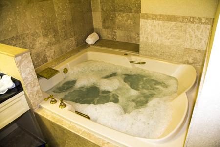 luxus: Jacuzzi in a Luxus Suite, Las Vegas