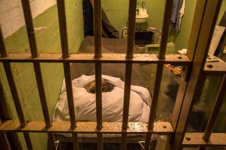 cellule prison: cellule de la prison sur l'île d'Alcatraz, San Francisco, Etats-Unis Banque d'images