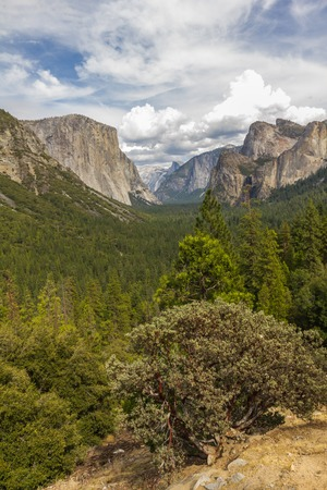 tunnel view: Famous tunnel view in Yosemite National Park, California, USA Stock Photo