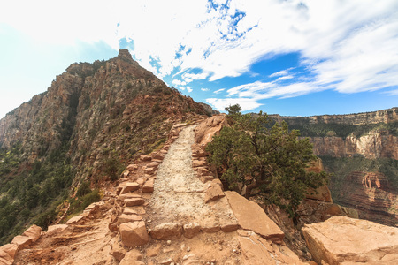 On the South Kaibab trail at Grand Canyon