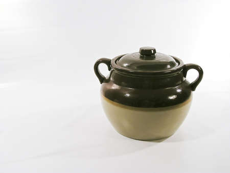 ceramicist:  earthenware pot in Quebec to cook beans with lard -left space in blank for writing, path included