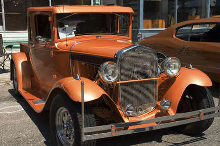 1930 s American vintage car  renew and polish