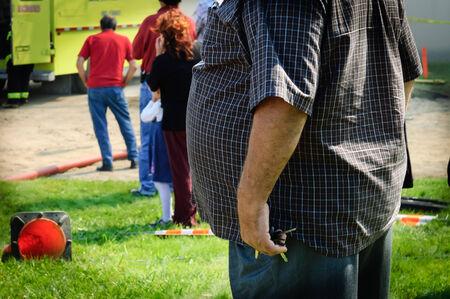 농촌 국가, 퀘벡, 캐나다의 거리에 비만 남자의 스냅 샷