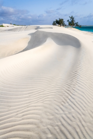 White sand dune by the sea in southern Madagascar Фото со стока